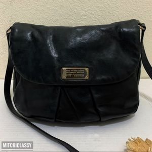 💖OFFERS??💖•Marc Jacobs• Black Crossbody bag